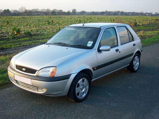 Ford Fiesta 1 3i 2002 Grupo Falc 243 N